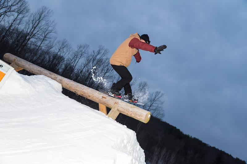 The-Woods_Snow-Trails-Mansfield-Ohio-8598.jpg