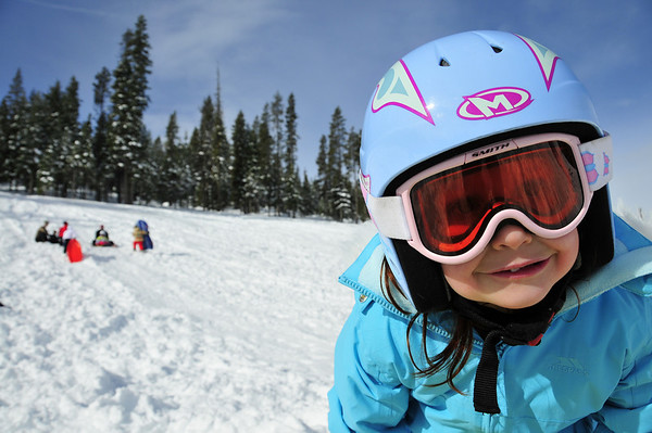 Play Outdoors Winter 09
