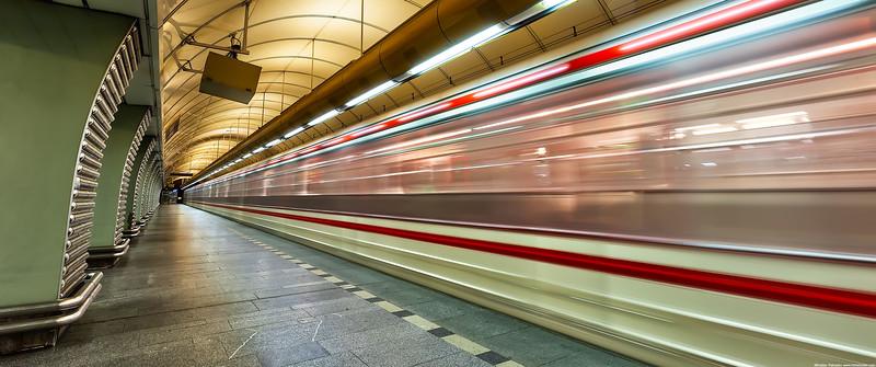In-the-metro-3440x1440.jpg