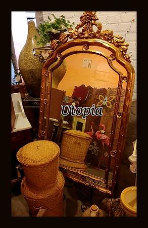 UTOPIA BOOTH