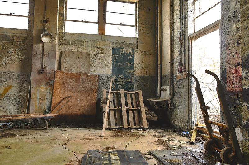 Abandoned-Spaces-5O0A4026.jpg