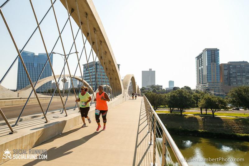Fort Worth-Social Running_917-0449.jpg