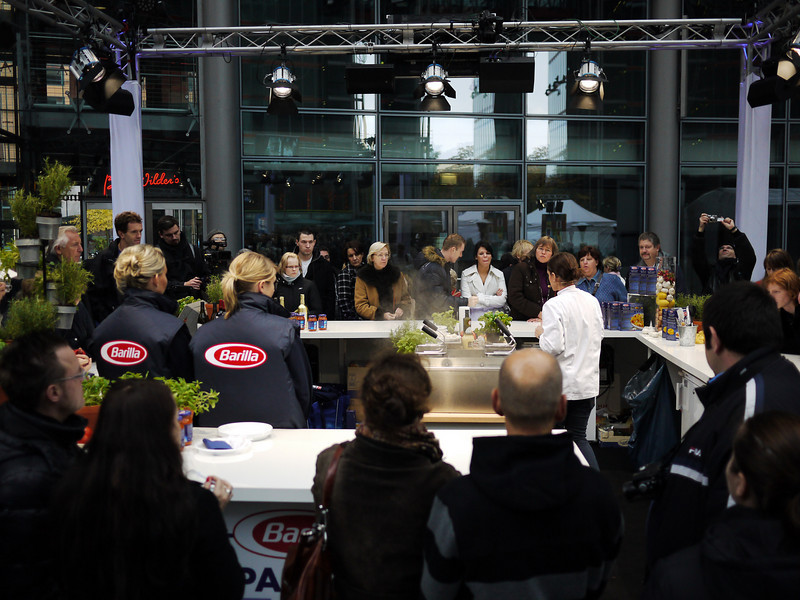 Cooking show in Alexanderplats