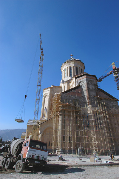 041119 1360 Georgia - Tbilisi - Holy Temple Reconstruction _C _E _H _J _N ~E ~P.JPG