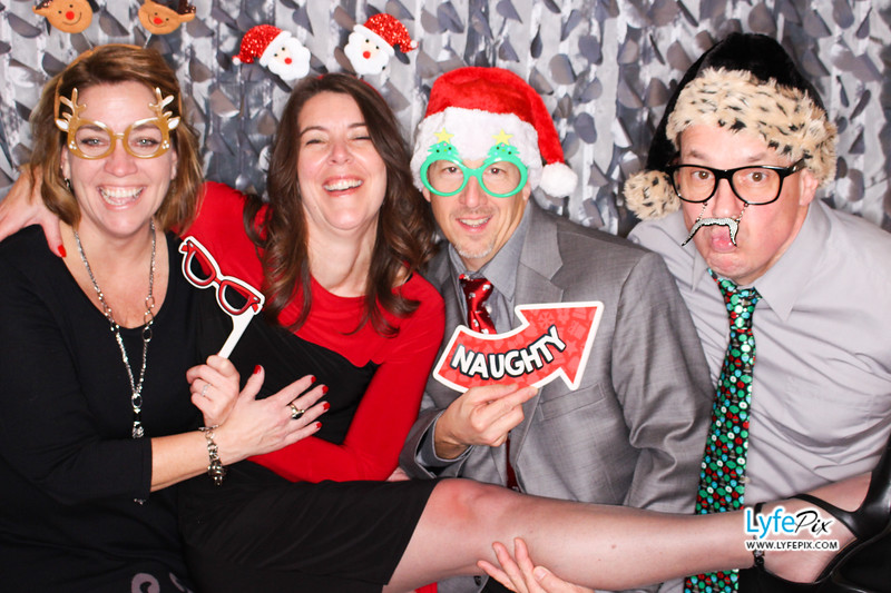 red-hawk-2017-holiday-party-beltsville-maryland-sheraton-photo-booth-0240.jpg