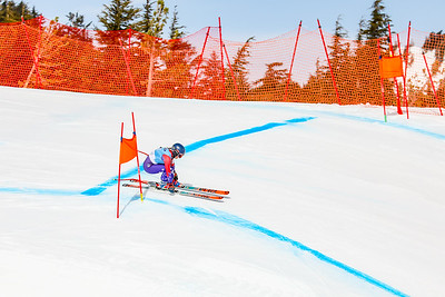 Race Two Women (FIS and USSA)