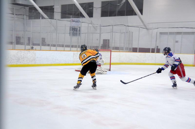 141018 Jr. Bruins vs. Boch Blazers-037.JPG