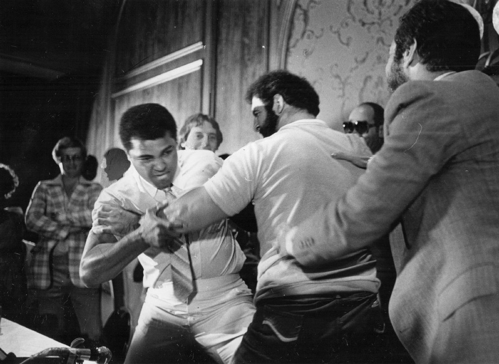 . Muhammad Ali and Lyle Alzado promote their Exhibition fight. 1979. Credit: Denver Post
