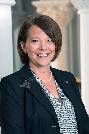 32251 Aimee Pfeifer University Registrar Portrait