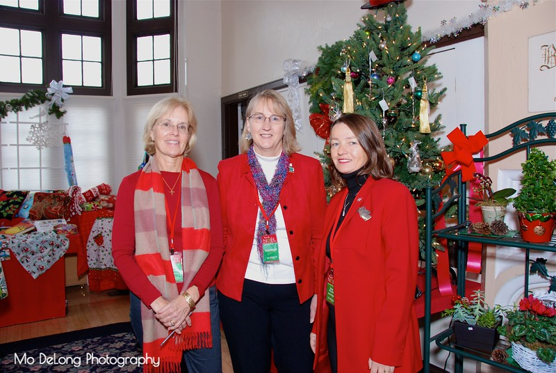 June Sullivan, Sue Talmage and Jane Heath.jpg