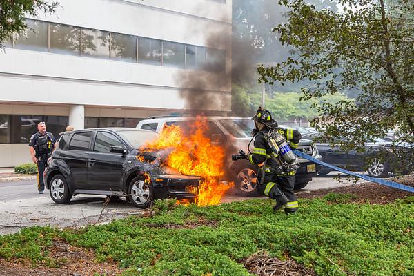 Paramus NJ Working car fire, 140 Rt.17 N, 08-14-20