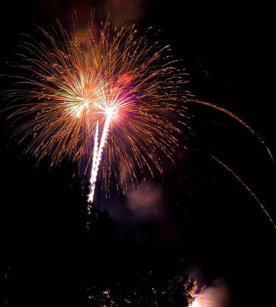 Fireworks at Burlington Waterfront - 10.jpg