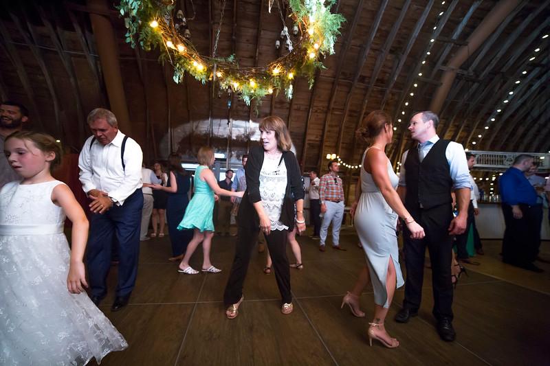 Garrett & Lisa Wedding (840).jpg