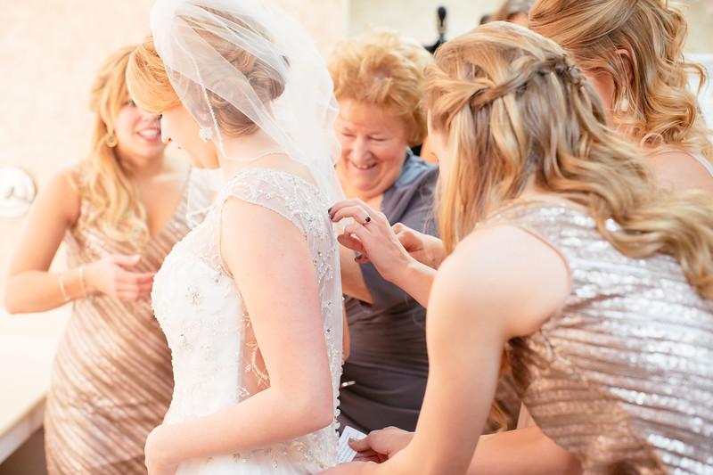 Torres Wedding _Getting Ready  (127).jpg