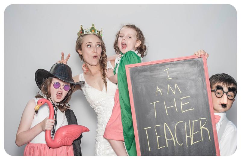Alison+Jules-Wedding-Photobooth-100.jpg