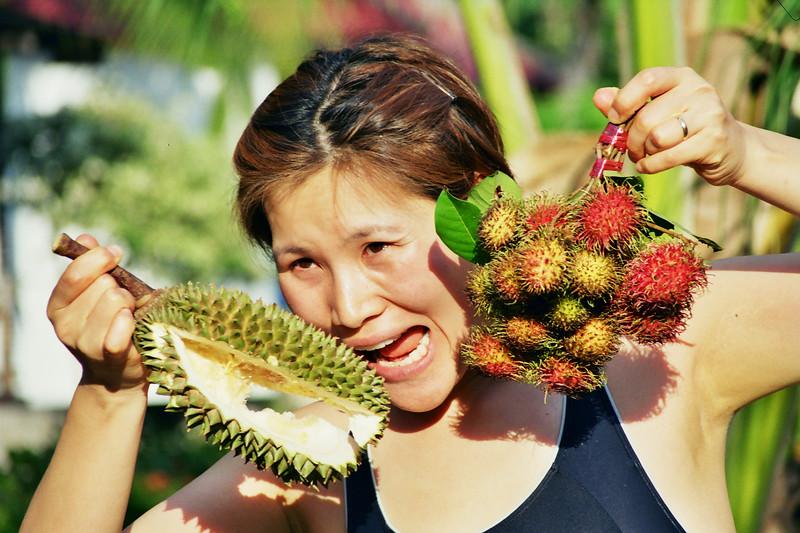 2000 December MiJung durian Samui.jpg