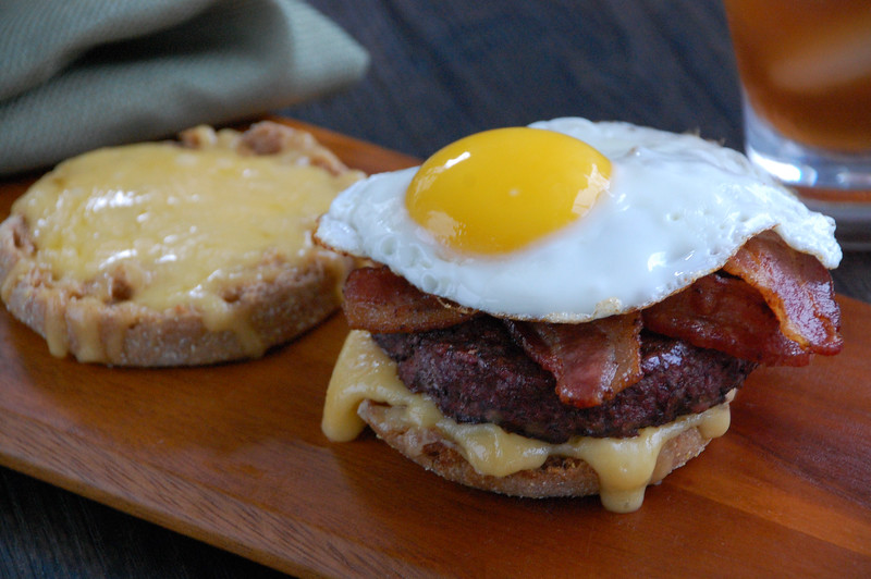 BaconEggBurger.jpg