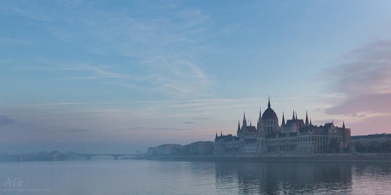Quelques pas à l'aube, Budapest (2012-11-04)