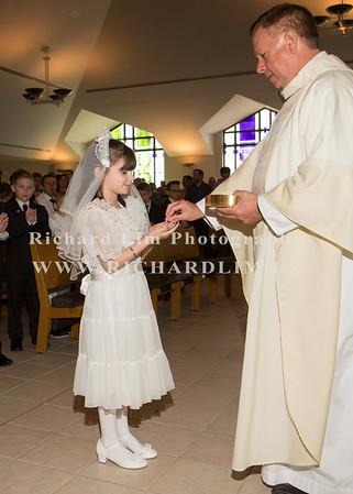 2018-05-06-St John First Communion3