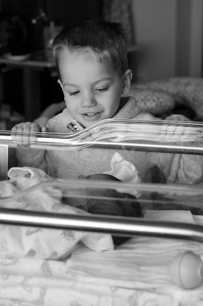 Baby Gavin BW-56.jpg