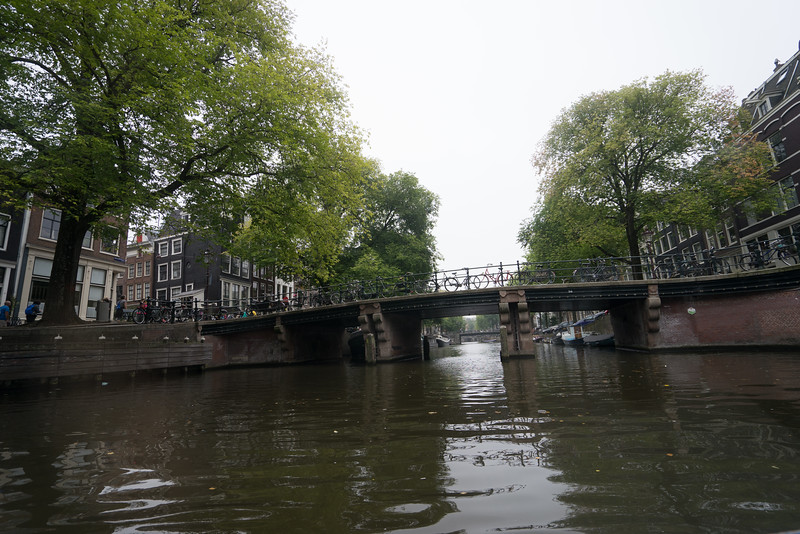 09-17-16 DSC01200 Amsterdam Along walk.jpg