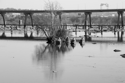 Hike on the James River -- 1/16/11