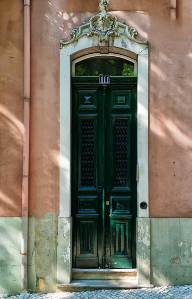 Calles de Lisboa - Street Life - Doores 18 (1 of 1).jpg