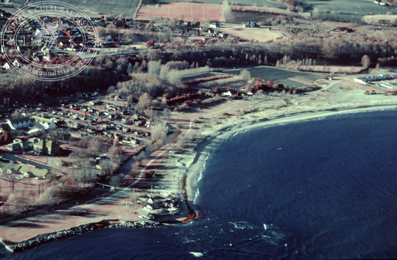 Tobisviken and Simrishamn. Experimentally photographed with infrared film and Kodak Wratten gelatin filter No: 12 & 25 (2 April, 1989). | LH.0388