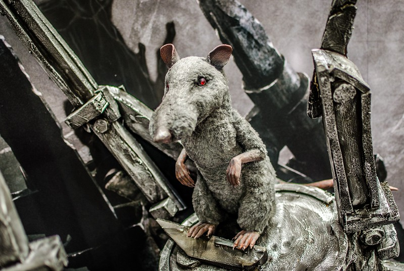 Rat from Dishonored at Igromir 2012