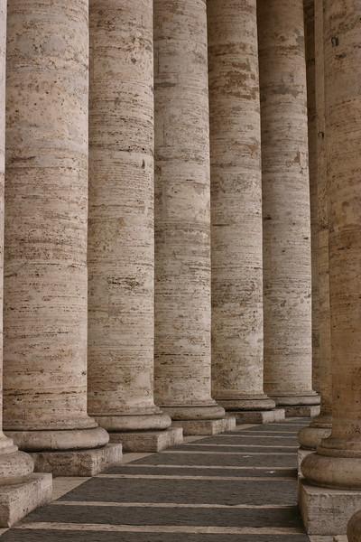 stpeters-columns_2097917685_o.jpg