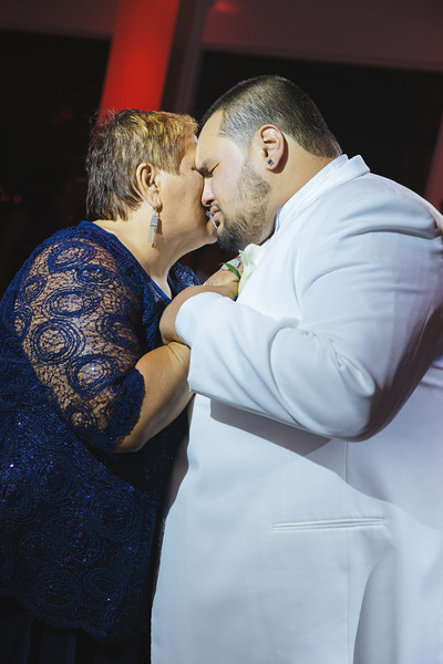 MER__0957_tonya_josh_new jerrsey wedding photography.jpg
