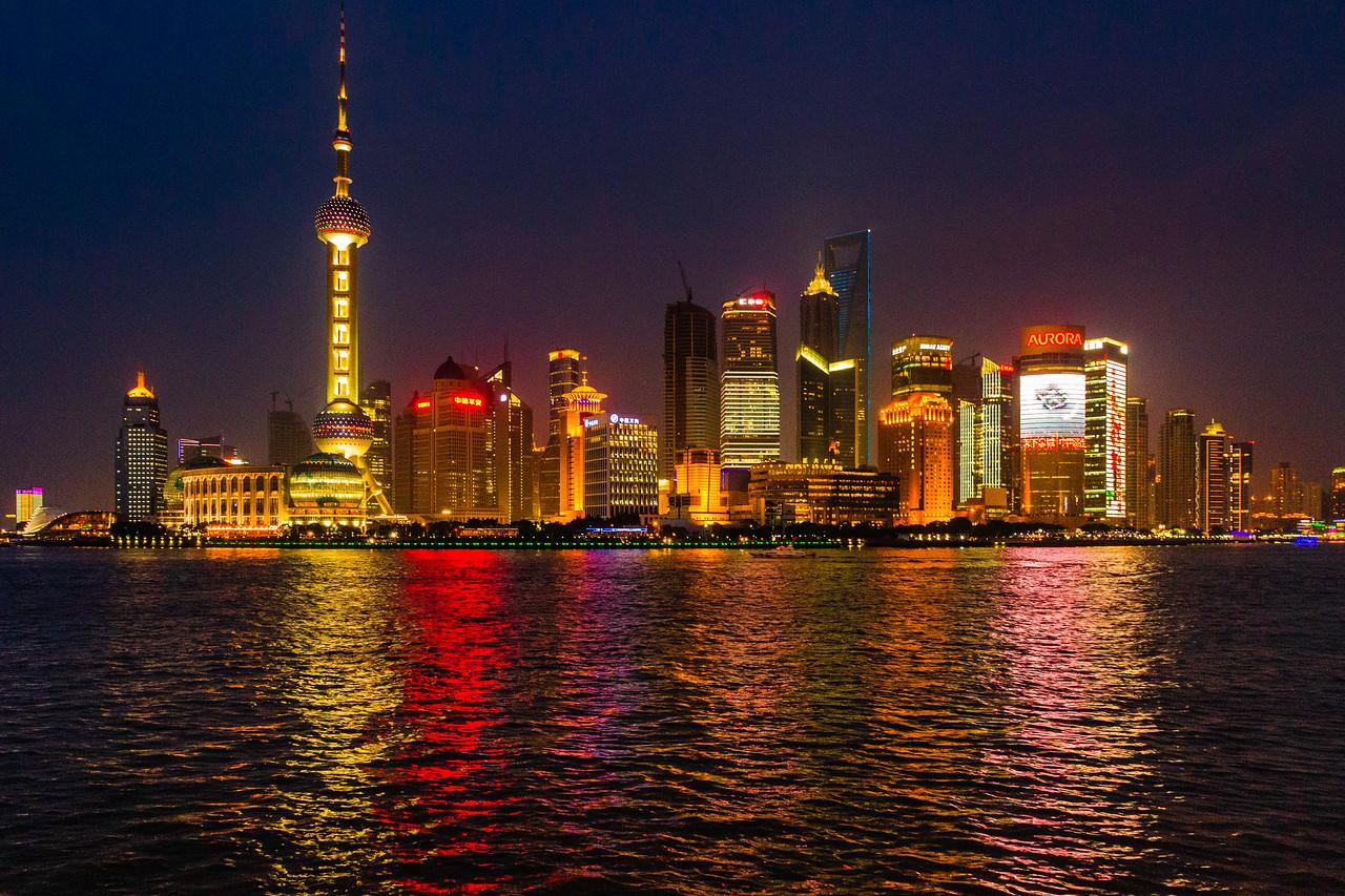 上海外滩,夜幕降临