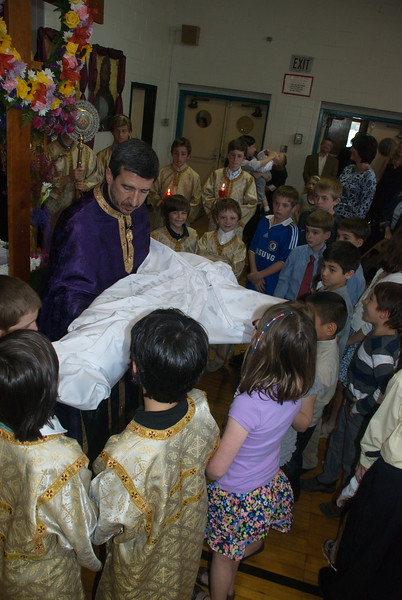 Community Life - Holy Week - April 13, 2012