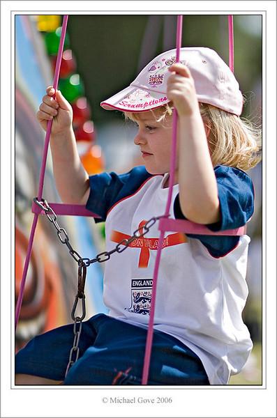 Swinging (61622885).jpg