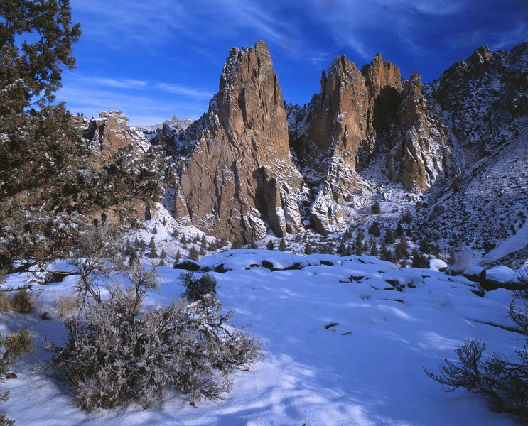 Smith Rocks pillars in snow sf.jpg