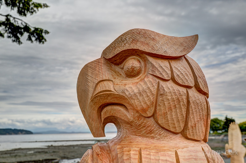 Native owl. By far my favorite, for both it's simplicity and elegance. Chainsaw Sculpture Competition. Campbell River British Columbia