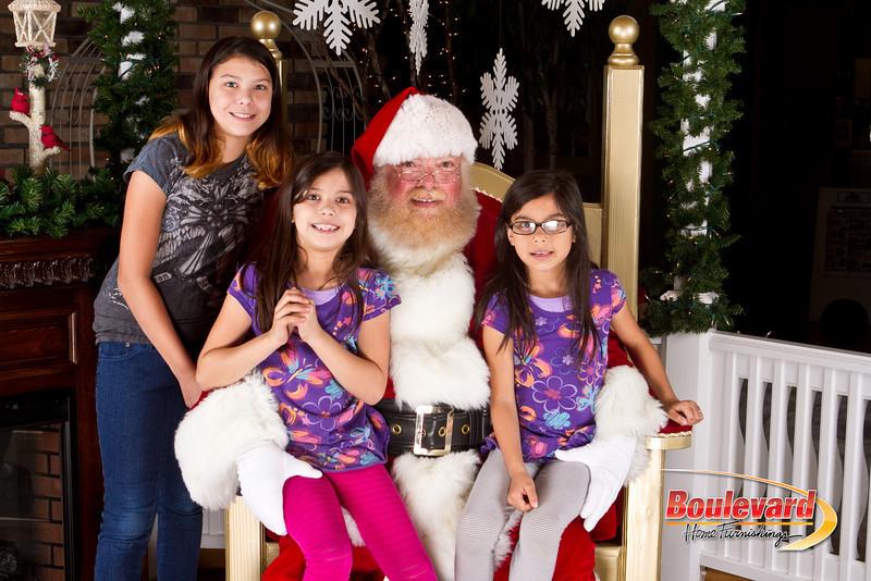 Santa Dec 8-239.jpg