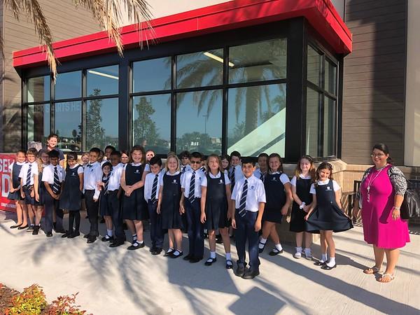 2nd Grade Field Trip to EarthFare 2019