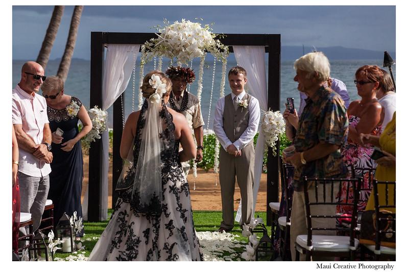 Maui-Creative-Destination-Wedding-0065.jpg