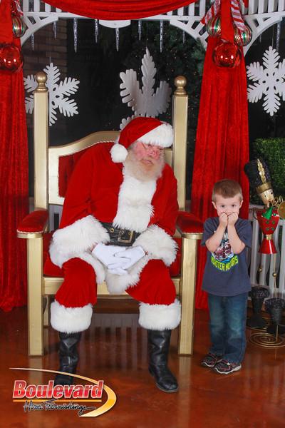 Santa 12-10-16-323.jpg
