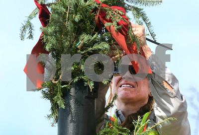 La Grange Public Works sets up holiday decorations