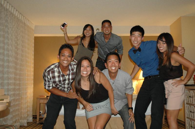 Hawaii - Friends Hotel Party-21.JPG