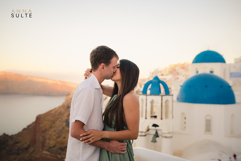 Engagement Session in Santorini Greece Anna Sulte-4.jpg
