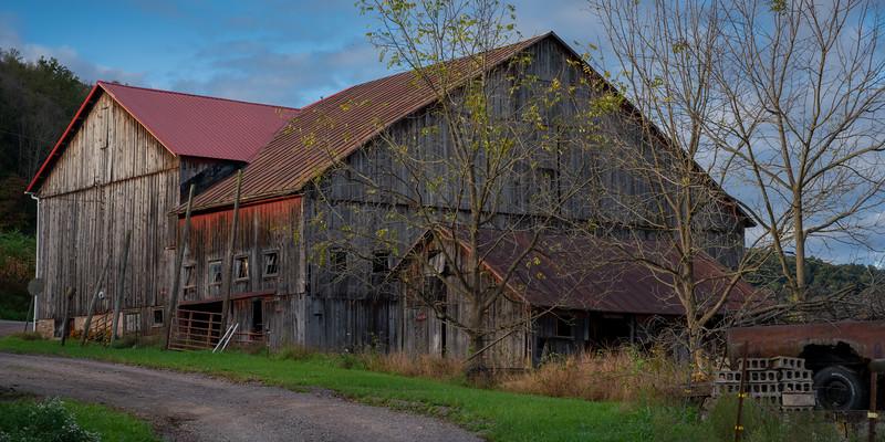 Barns of PA-197.jpg