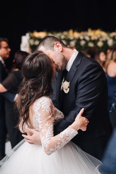 2018-10-20 Megan & Joshua Wedding-995.jpg