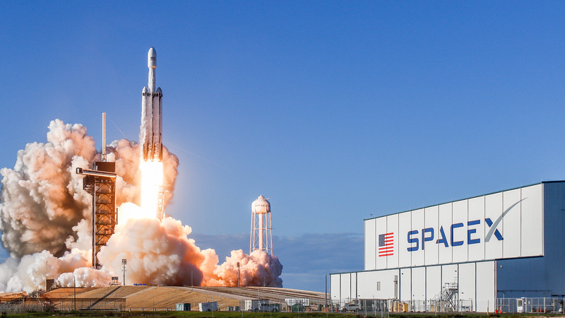WS-Falcon Heavy Arabsat-1285.jpg