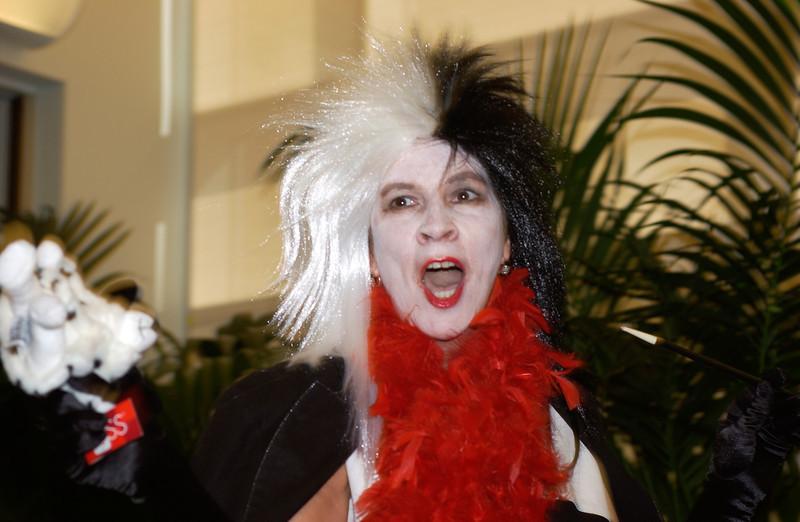 Brookfield Halloween 2003 0313.jpg
