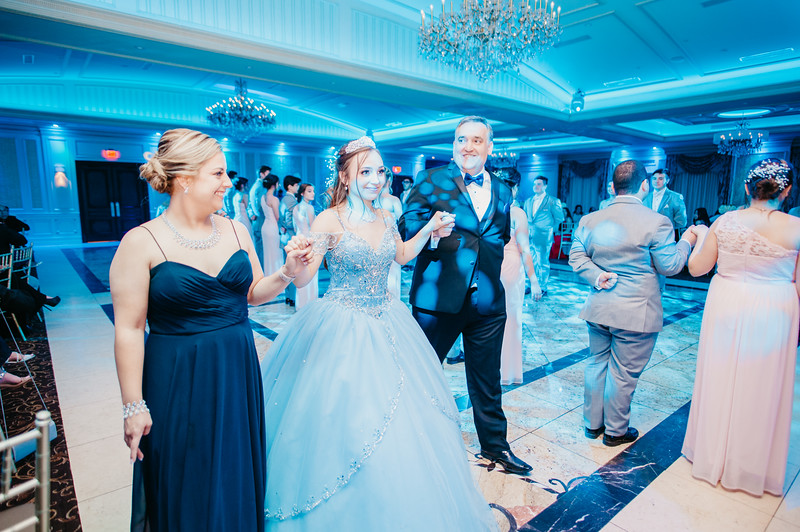 First Dance Images-163.jpg