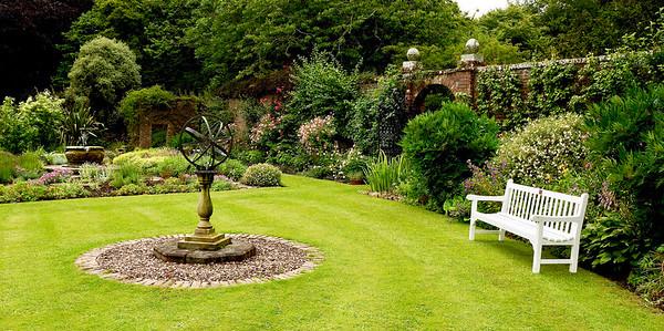 Scotland:  Gardens & Castles 2017