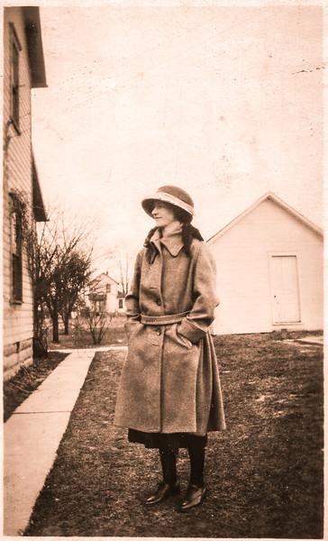 Lady in hat-.jpg